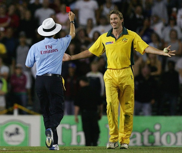 glenn mcgrath bowling under arm