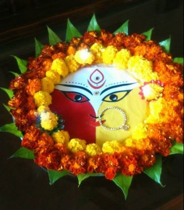 Aarti thali decoration with Flowers